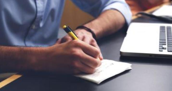 الكتابة من الطرق المهمة التي تساعد على تصفية الذهن