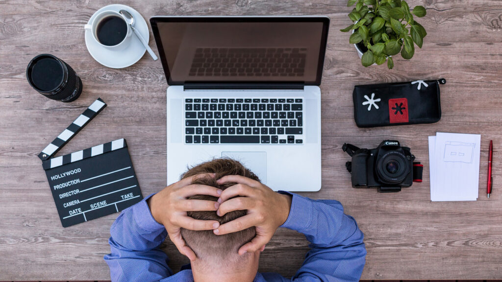 التحديات التي تواجه العمل الحر وكيف يمكن التغلب عليها ؟